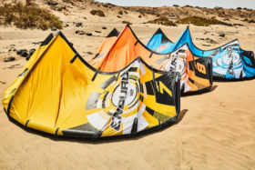 Ozone Enduro V2 Freestyle Kite Beach